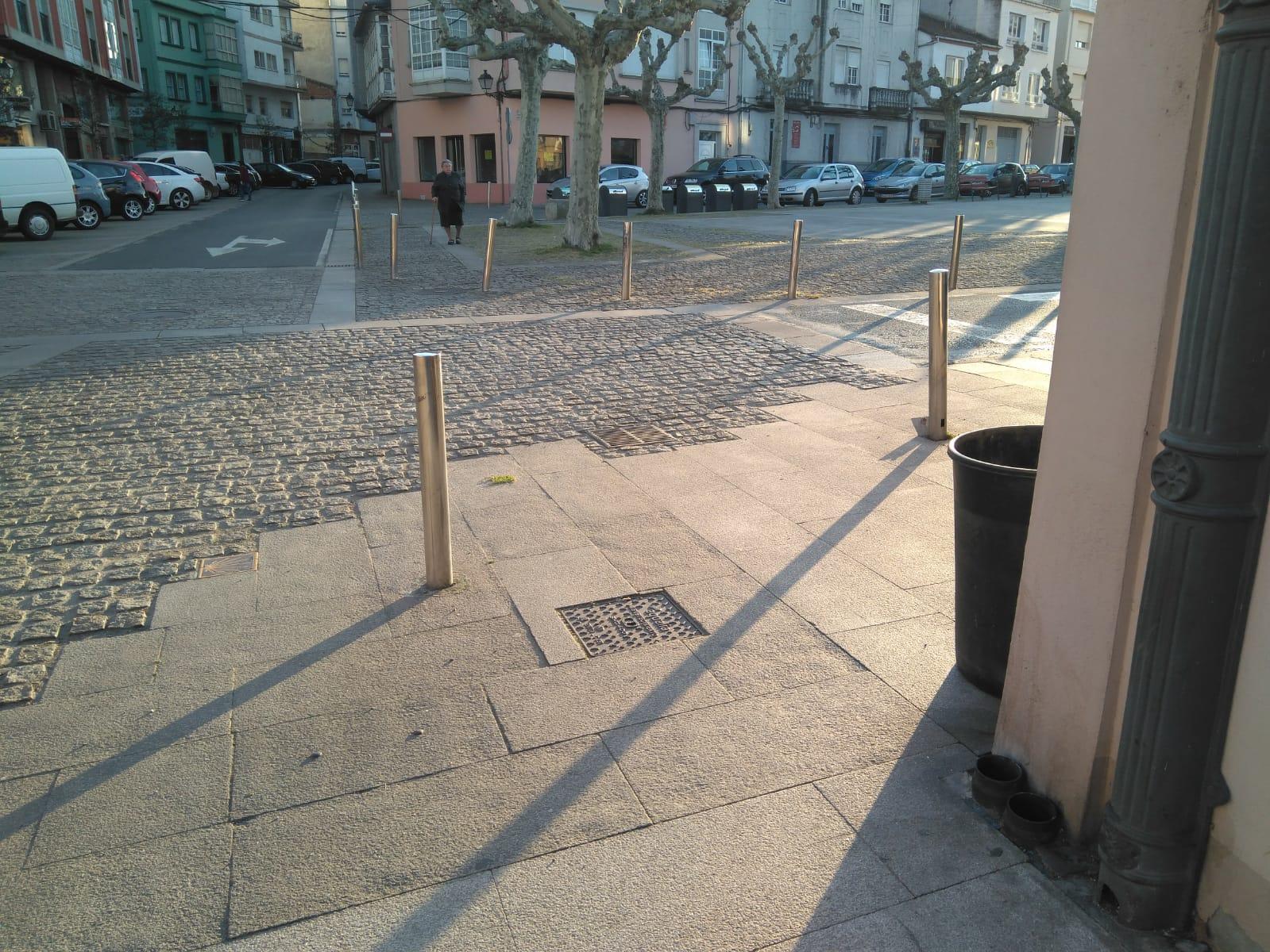 Tercera propuesta: esquina plaza San Antonio, suplantando a uno de los pivotes