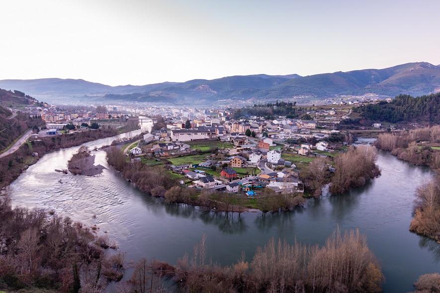 3º Premio: Meandro no Sil por O Barco de Valdeorras (Río Sil) de Luis Prada Ferrer