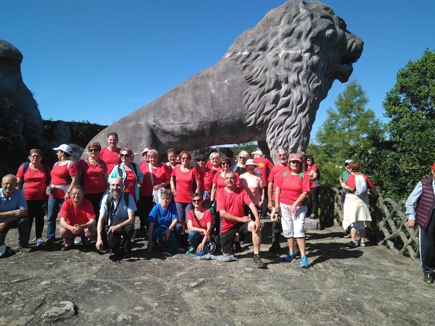 el colosal león que preside la última terraza del Parque do Pasatempo